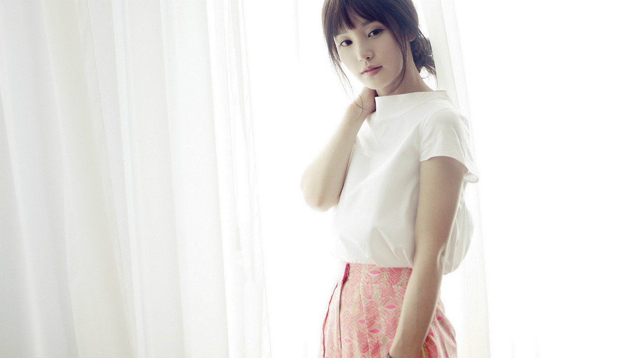 韩国养眼清纯美女南奎利清新写真桌面壁纸