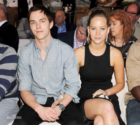 詹妮弗和男友