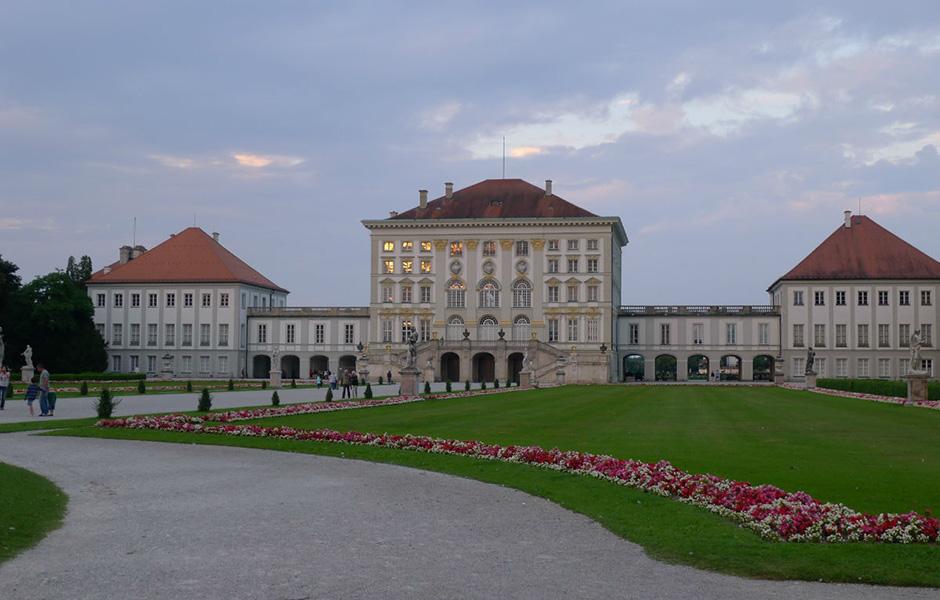 pinakothek der moderne)是位于德国慕尼黑的一座美术馆,是巴伐利亚图片