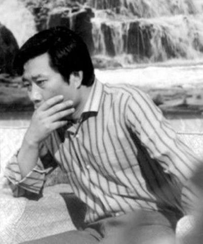 电视剧《饰演》中李雪健渴望的男主人公之一.十五的月亮老电视剧图片
