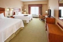 匹兹堡市区希尔顿恒庭旅馆&套房酒店