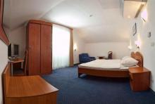 珀尔塔酒店
