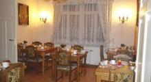 罗西维兹酒店