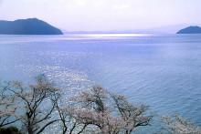 坦葛尼喀湖