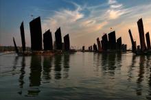 洪泽湖帆影