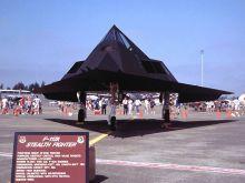 F-117A隐身攻击机