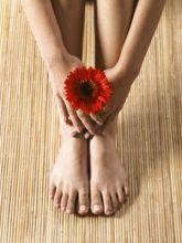 手脚冰冷常见原因手脚冰冷