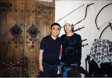 张连志(左)