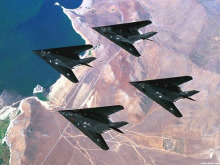 F-117A隐身攻击机图片欣赏