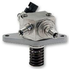 喷油嘴本身是一个常闭阀 ,由一个阀针上下运动来控制阀的开闭.图片