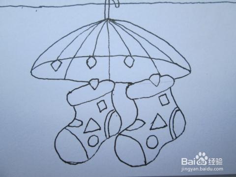 黑白线描画《花袜子》的作画步骤图片