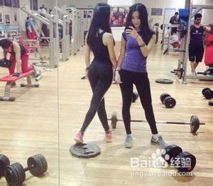 女生在家健身训练计划