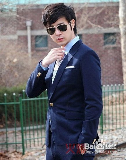男人怎么穿衣打扮 时尚男人穿衣打扮图片 男人穿衣打扮 40岁