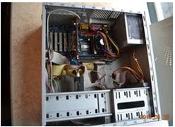 台式机电脑组装图片