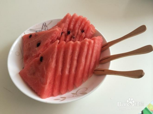 西瓜的切法与摆盘 水果拼盘图片及做法