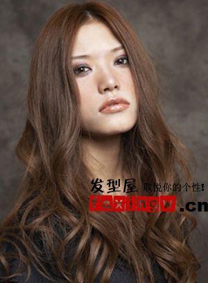 7款方脸适合的发型图片