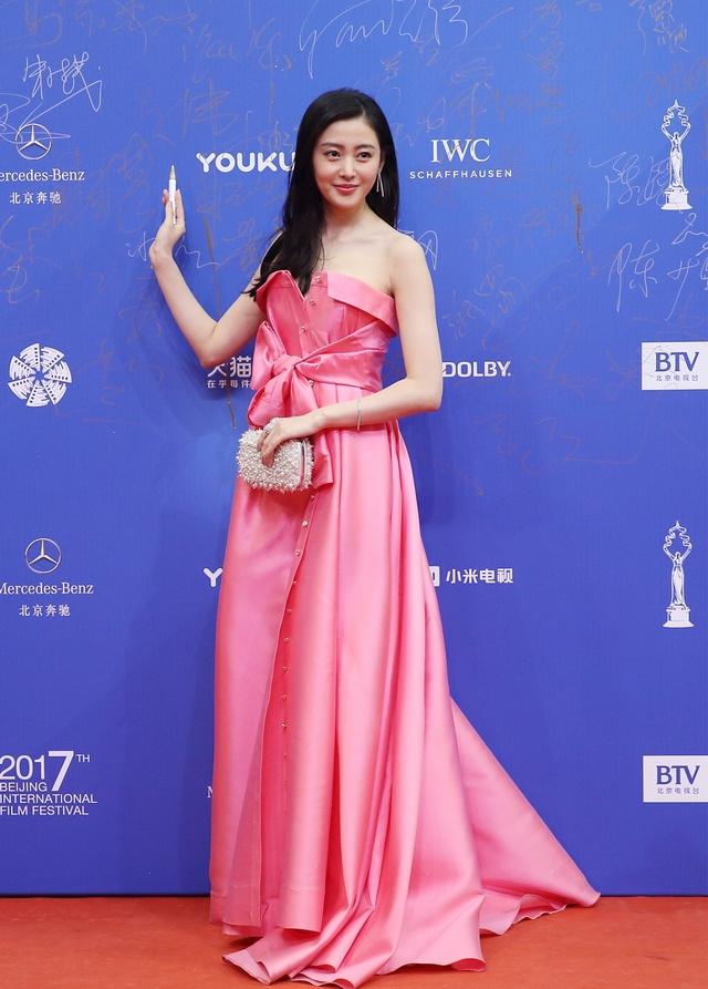 """原创 北京国际电影节女星""""裙""""芳争艳图片"""