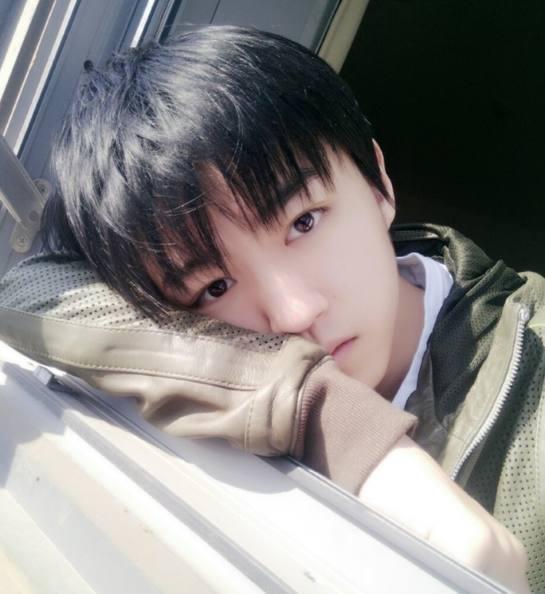 王俊凯刚被北京电影学院录取又被爆限制多 上学期间不许签约?图片