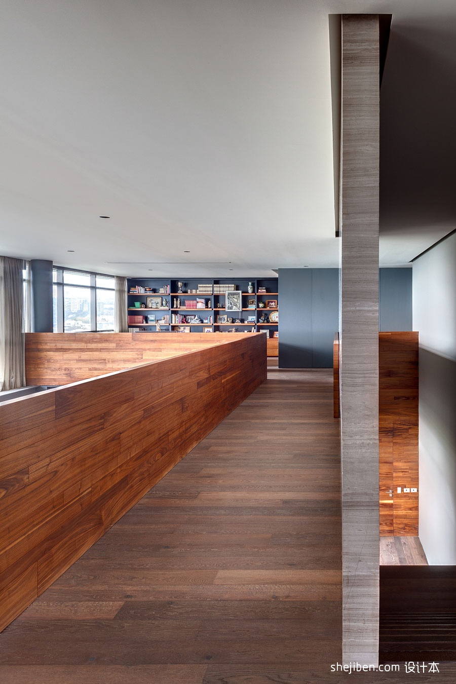 2013欧式风格复式家装楼房书房过道实木地板装修效果图欣赏 高清图片