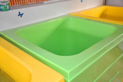 宝贝婴儿游泳馆   婴儿游泳池哪个牌子的好   c.钢架式婴儿游高清图片