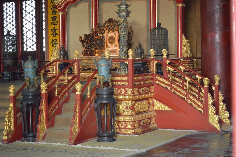 宫殿内景,金碧辉煌图片图片