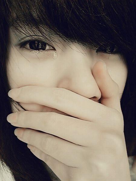 哭泣唯美图片流泪图片流泪的眼睛唯美图片流泪的唯美 竖