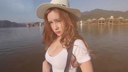 【青豆客】于姬Yuna 氧气翘臀少女 75F的诱惑