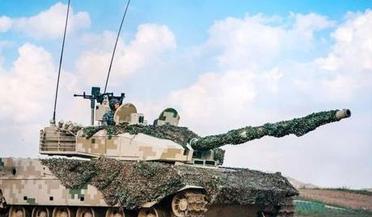 新型坦克穿甲弹曝光