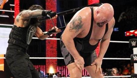 【WWE】—大秀哥vs黑山羊 罗曼大帝出手狂揍山羊