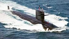 中国军舰通过马六甲海峡正常合法