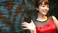 裴涩琪久违亮相红毯 身着晚礼服女神范不减当年
