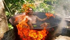 菲律宾奇葩铁锅热水浴
