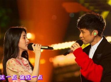 张碧晨演唱《乘风破浪》