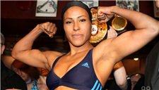 女子拳击界的泰森 塞西莉亚生涯高光集锦