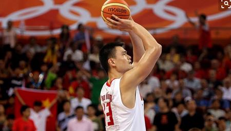 中国的巨人:姚明出任篮球世界杯形象大使