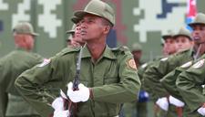 探访受阅外军方队