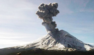 墨西哥强震导致火山喷发