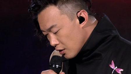 陈奕迅现场版《浮夸》听醉了 没人能唱出这种味道