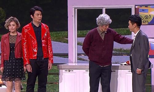 王宁艾伦演绎小品《女大当嫁》