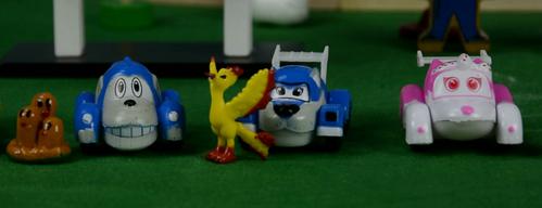 布隆家族的比赛,布隆家族,咘隆家,奇趣蛋,阿紫玩具