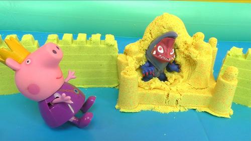 小猪佩奇城堡遇怪兽