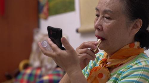 更北京 | 最时尚老太太,化妆唱歌样样行,比90后更会玩