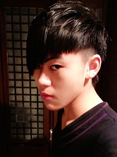 小学生短发型; 小学生什么叫做帅?只是看上去精神么?还是头发长点?图片