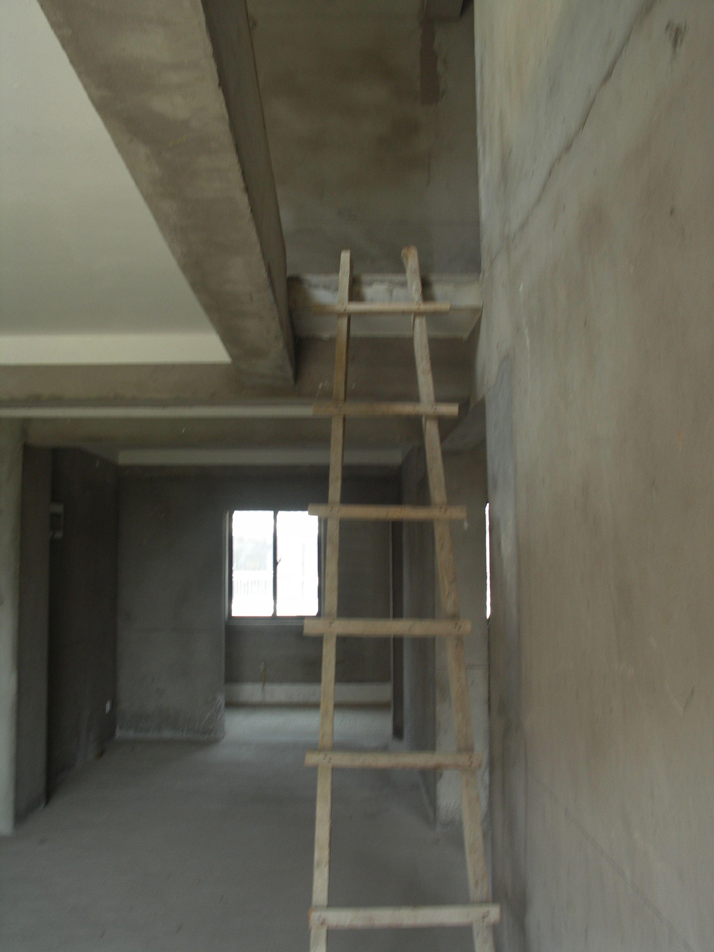 电视墙在楼梯下装修图 带楼梯的电视墙效果图_楼梯