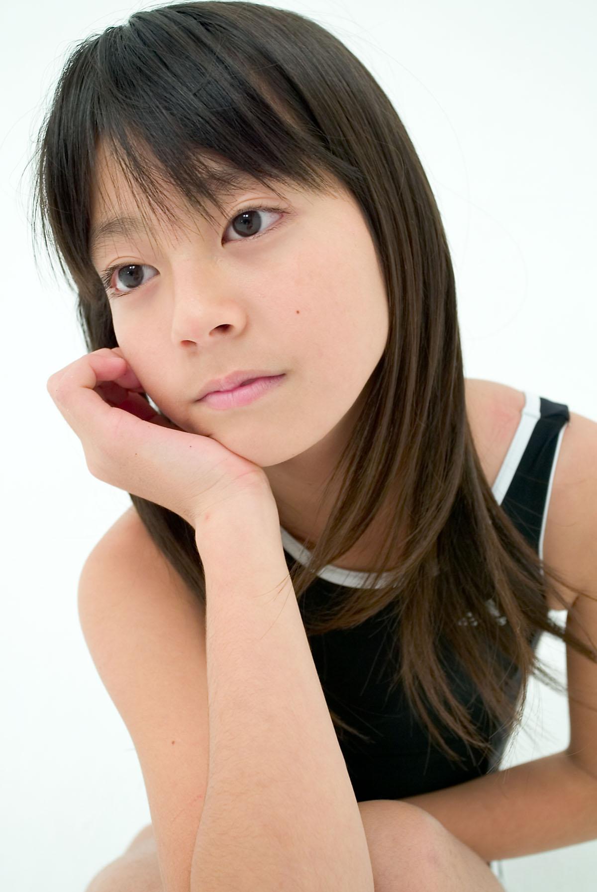 姓名:细川蓝 生日:1997年6月20日