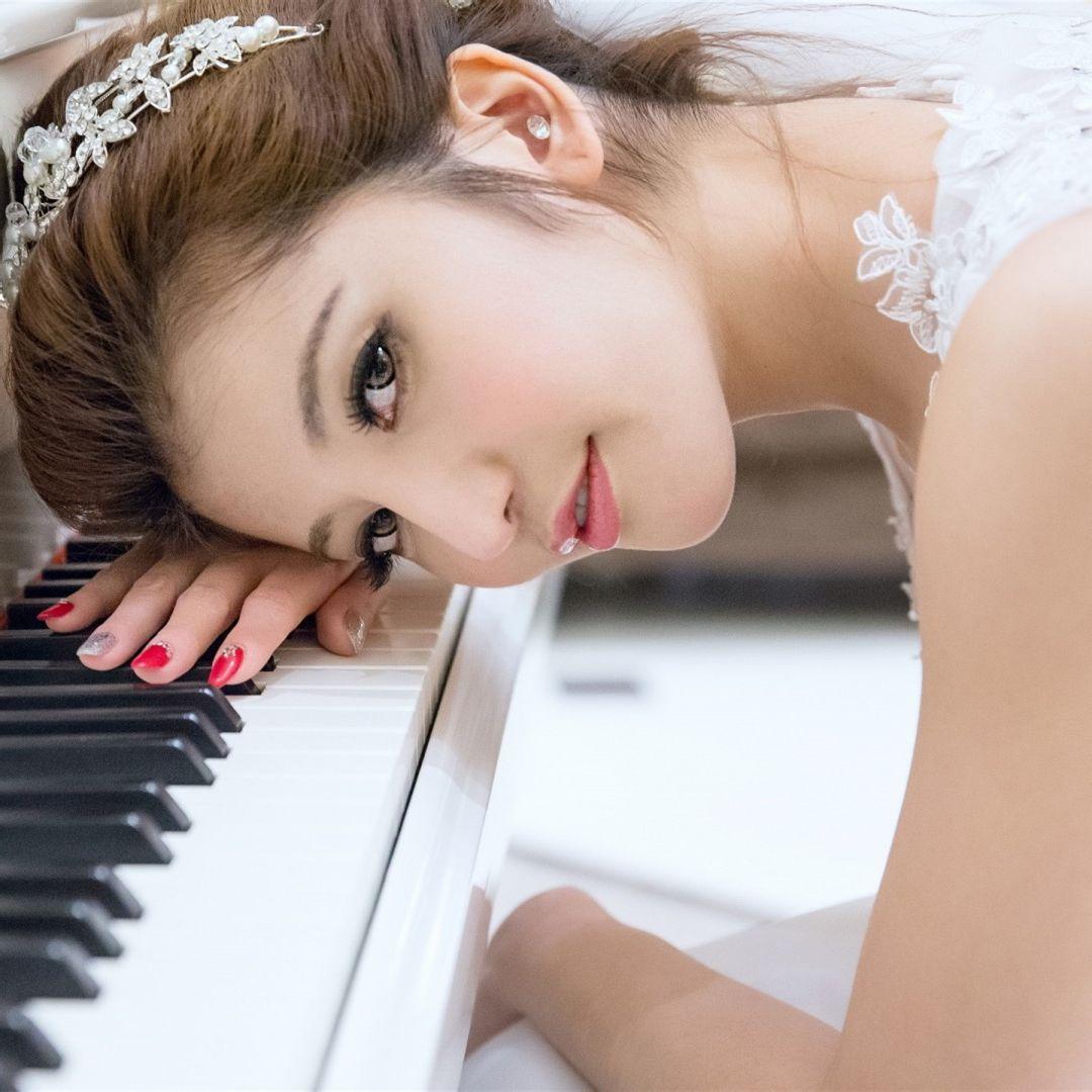 女生�yg��i)�aj_我是一个初二的女生 名字里有湘 请问要什么样的好看的头像