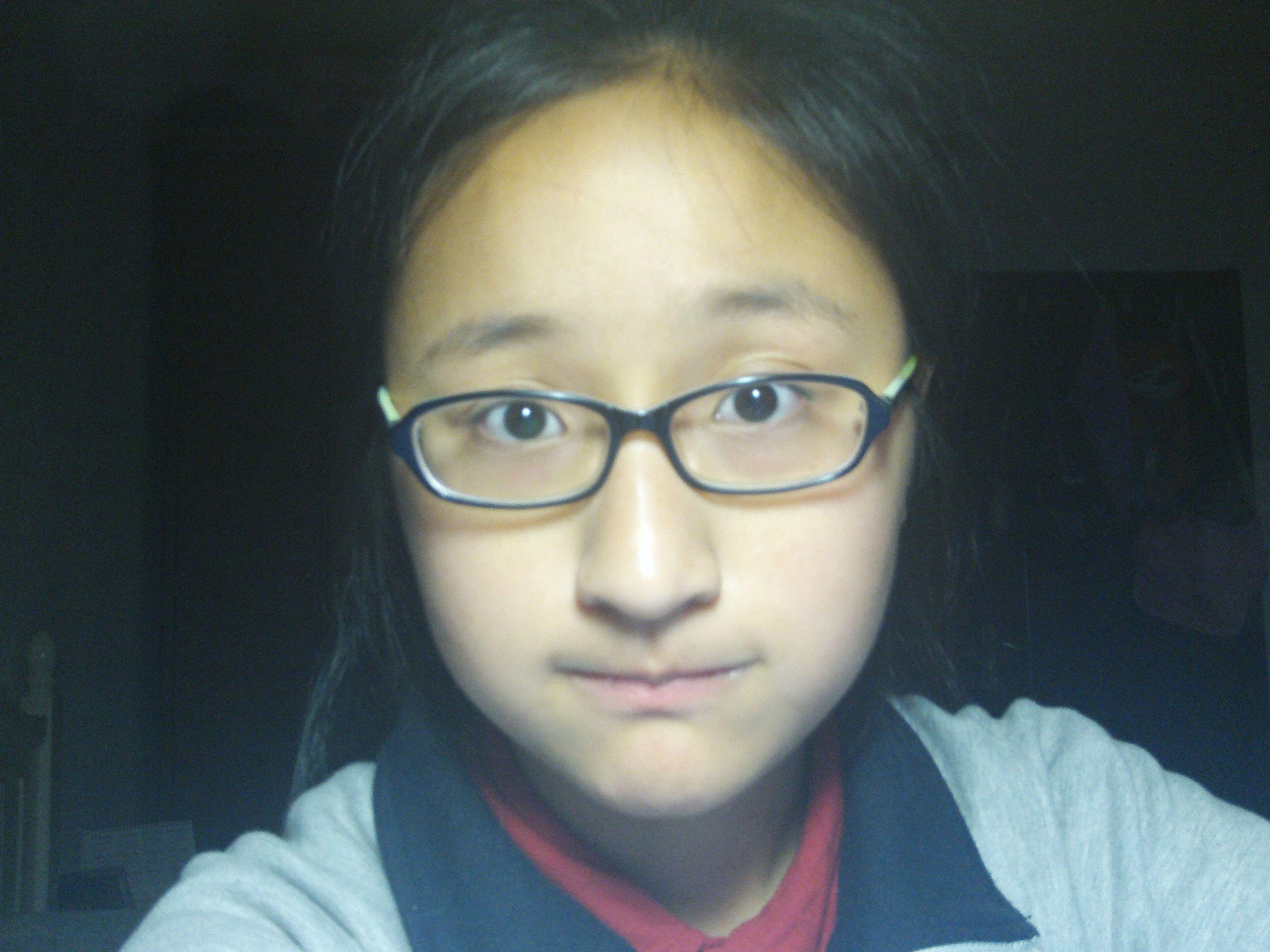 这样的女生合适剪刘海吗?(有图片)图片
