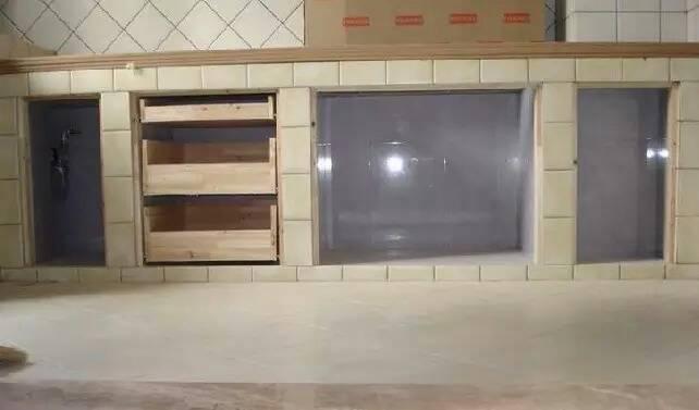自己用砖砌的整体橱柜怎么装饰装修
