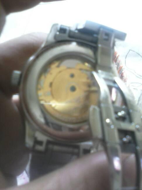 32 2011-11-12 浪琴l2.668.4all编号是32033495有这款手表吗.图片
