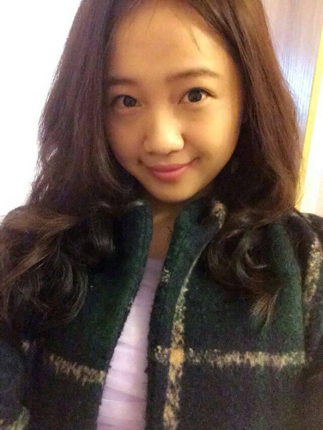 女孩应该留长头发还是短头发好看一点.12岁左右图片